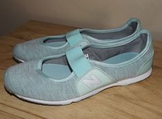 NEW BALANCE  MARY JANE SLIP ON GREEN GRAY CASUAL SHOES GENTLY USED  SIZE 8B  MED #NewBalance #MARYJANES #CASUALWORK