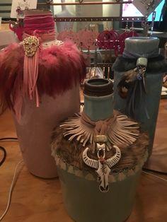 #uniek #handmade #oneofakind #leren armbanden # sleutelhangers #custommade phonecovers/ telefoonhoesjes #handbags leather #leer#tassenhangers#longhorn#veren#https://www.facebook.com/Top-Shops-For-You-1185965598085091/#https://www.facebook.com/yuchijewelsandbags#handmadebags /yuchi.nl