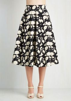 Modcloth My Heart Will Grow On Skirt by Uperstition NWT Size XXL