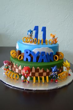 Sonic the hedgehog cake Torta Sonic, Sonic Cake, Sonic Birthday Parties, Sonic Party, Boy Birthday, Birthday Ideas, Sonic The Hedgehog Cake, Hedgehog Birthday, Mario Cake