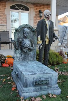 Halloween Inflatable Blow Up Spooky Warlock Perfect for Halloween Outdoor Yard Garden Decorations; Trick or Treat Event Decoration, Ha. Halloween Outside, Halloween Graveyard, Halloween Haunted Houses, Creepy Halloween, Halloween Town, Halloween Stuff, Diy Halloween Tombstones, Halloween Fence, Halloween Witches