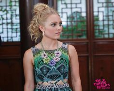 AnnaSophia Robb in The Carrie Diaries Tv Series 2013, The Carrie Diaries, Annasophia Robb, How To Show Love, Carrie Bradshaw, Crop Tops, Tank Tops, Pretty Little Liars, Carry On
