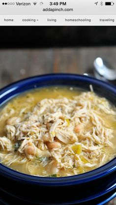 Chicken chili  4 skinless, boneless chicken breasts 4 cups chicken stock 1 clove…