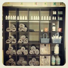We have everything here for you to use~ shampoo, conditioner, tubs, towels, dryers, brushes, ear cleaner and nail clippers!