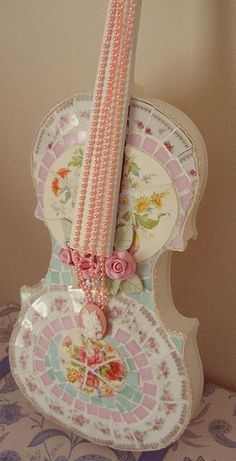 Mosaic Pink White & Blue Shabby Chic Violin