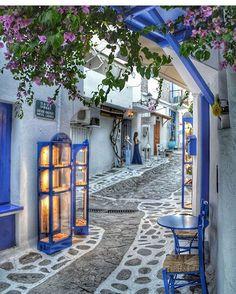 33 ideas travel greece mykonos greek islands for 2019 Wonderful Places, Beautiful Places, Beautiful Streets, Skiathos Island, Places To Travel, Places To Go, Travel Destinations, Greek Blue, Europe Photos