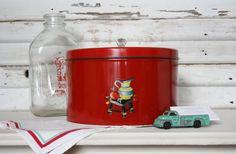 Vintage Cherry Red Pie or Cake Box Tin by TheFarmhousePorch, $18.00