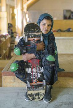 for the series 'skate girls of kabul', jessica fulford-dobson tells the remarkable story of afghan girls who have taken up skateboarding. Afghan Girl, Skater Girl Outfits, Skate Girl, Saatchi Gallery, Tony Hawk, Skate Style, Photo Series, Skateboards, Girl Photos