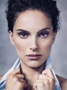 Natalie Portman aparece deslumbrante em nova edição da Dior Magazine