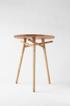 "#NosGusta #NosInspira pure-and-honest: "" Table designed by Matej Chabera """