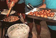 Poi Mochi. Yumm the best is aunty peachys in waimea :) chee say wat!