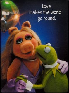 Jim Henson, Kermit The Frog Costume, Kermit And Miss Piggy, Custom Puppets, The Muppet Show, Muppet Babies, Famous Cartoons, Classic Tv, Celebrity Couples