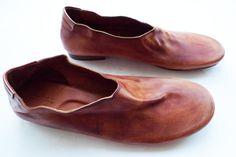 Dtours[paper]: Nutsa Modebadze shoes