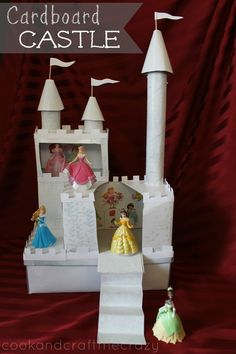 Do a #worldofgood and upcycle your little princess the Ultimate Cardboard Castle. #earthfootwear #ad