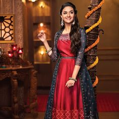 Mana Keerthy Suresh: Keerthy Suresh in Maroon Color Dress with Cute and Awesome Lovely Smile Long Gown Dress, Lehnga Dress, Long Frock, Long Gowns, Indian Designer Outfits, Indian Outfits, Designer Dresses, Cute Little Girl Dresses, Girls Dresses