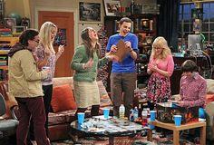 The Big Bang Theory nos deja hasta el año que viene. Grandes momentos y pequeños avances en los dos últimos capítulos de esta sexta temporada ¡Descúbrelo todo aquí!
