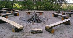Znalezione obrazy dla zapytania ławki wokół ogniska