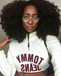 The Natural Hair Cheat Sheet! 20 Mind Blowing Ways to Grow Your hair! The Natural Hair Cheat Sheet! 20 Mind Blowing Ways to Grow Your hair! Pelo Natural, Natural Hair Tips, Natural Hair Styles, Natural Hair Weaves, Black Girls Hairstyles, Afro Hairstyles, Curly Haircuts, Wedding Hairstyles, Pelo Afro