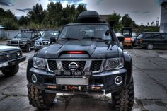 2007 Nissan Patrol w/ flared fenders and oversized tires for the off-road-minded Nissan Xterra, Nissan Navara D40, Nissan 4x4, Nissan Trucks, Nissan Pathfinder, Offroad, 2007 Nissan Titan, Nissan Patrol Y61, Patrol Gr