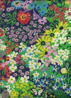 Flower and Butterfly Print Fabric Large Piece 100 par Textile Patterns, Textile Prints, Print Patterns, Floral Patterns, Lino Prints, Block Prints, Motif Floral, Ditsy Floral, Floral Prints