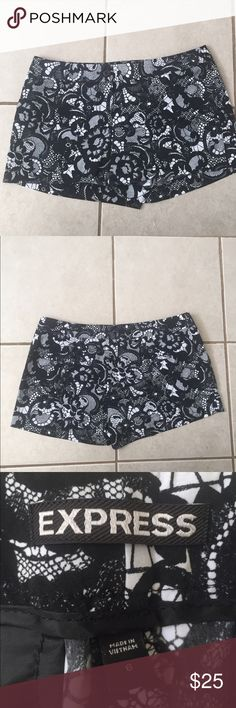 Express size 6 lace print shorts Pre owned express lace print shorts. Worn less then 5xs in like new condition Express Shorts
