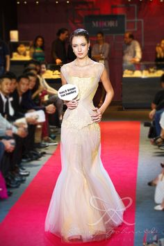#lace #tulle #couture #fashion #hautecouture #fashionshow #promdress #cocktail #dress #redcarpet #glam #gala #glamour #glamorous #look #redcarpetlook #redcarpetfashion #ruslytjohnardi #ruslytjohnardiatelier #makeup #cledepeau #hairdo #actionhairsalon #fashionideas #outfit #fashioninspiration #fashiondesigner #fashiondesign #singapore #yellow #grey #gray