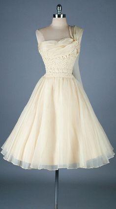 Bridal Fashion | Vintage 1950s