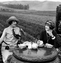 Jen n Bec caught having tea time. Once again.