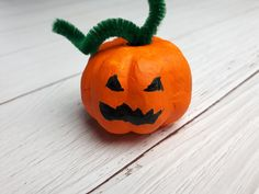 What is Forex? Pumpkin Carving, Halloween, Minden, Diy, Bricolage, Pumpkin Carvings, Do It Yourself, Homemade, Diys