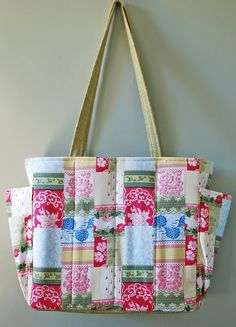 custom tote bag for my sister-in-law using Anna Griffin's patchwork and lace fabric from her Carolina collection