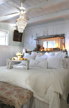 Urban Farmhouse - Bedroom!