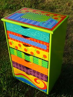 Funky hand painted furniture drawers 58 Ideas for 2019 Art Furniture, Funky Furniture, Colorful Furniture, Upcycled Furniture, Furniture Projects, Furniture Makeover, Furniture Stores, Painting Furniture, Lounge Furniture