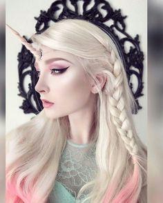 12 Unicorn Makeup Looks For Magical Creatures Sfx Makeup, Cosplay Makeup, Costume Makeup, Makeup Art, Hair Makeup, Unicorn Makeup, Unicorn Hair, Maquillage Halloween, Halloween Makeup