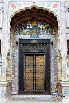 Colorfully detailed haveli doorway. Delhi, India.