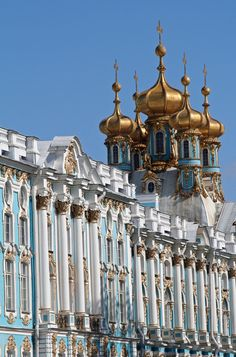 ღღ So pretty!  Love the white of the building with turquoise and gold against the blue if the sky  ~~~~  Catherine Palace, Saint Petersburg (by April.Moulton)