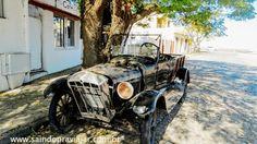 Maio/2015 - Colonia del Sacramento/Uruguai - Carros velhos abandonados uma atração.