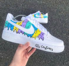 Source by shoes Custom Vans Shoes, Custom Painted Shoes, White Nike Shoes, Nike Air Shoes, Jordan Shoes Girls, Girls Shoes, Shoes Women, Zapatillas Nike Air Force, Aesthetic Shoes