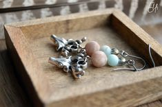 Jelenčeky s mesačným kameňom a amazonitom Stud Earrings, Vintage, Jewelry, Jewlery, Jewerly, Stud Earring, Schmuck, Jewels, Vintage Comics