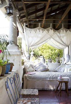a beautiful retreat..    via The Design Files