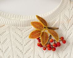 Felt Brooch Rowan Autumn trends jewelry Woodland brooch Eco-friendly jewelry Red pin Orange jewelry pin Rowanberry pin Gift ideas for women