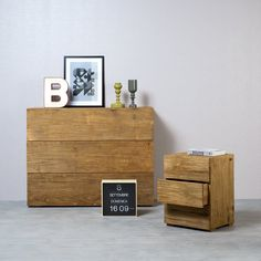 SQUARE | An antique elm dresser ideal for decorating your home and giving it a touch of contemporary design. A functional and versatile piece of furniture in perfect Nature Design style. . . . #madeinitaly #design #artigiani #interiordesign #artisans #italian #interiordetails #homedesign #homestlye #wood #artists #interiordecor