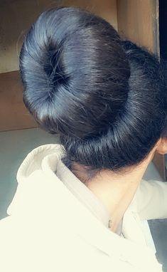 Donut Bun, Big Bun, Bun Hairstyles For Long Hair, Super Long Hair, Picture Tag, Beautiful Girl Indian, Bad Habits, World Best Photos, Hair Looks