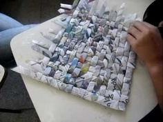Weaving with newspapers