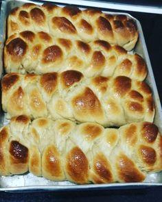 Aprenda a preparar a receita de Pão caseiro com leite condensado na massa