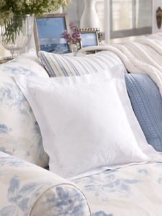 Rosecliff Floral Pillow - Ralph Lauren Home Throw Pillows - RalphLauren.com