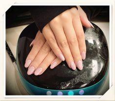 #nail #acrylicnails #ovalshape #gelpolish #lechat #perfectmatch #72 #nailart #holidaydesign #nailprodigy #VietSALON #andyhaidinh