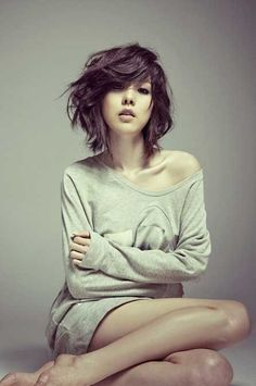 Cool Messy Bob Cut: Wind-swept and Charming