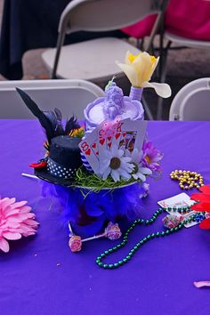 centerpieces for Alice in wonderland party