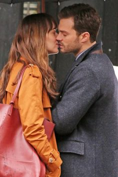 Fifty Shades Darker @lilyslibrary kiss Jamie and Dakota / Christian and Ana