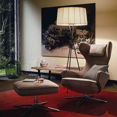 Elegante Möbel fürs Wohnzimmer: Lampe und Sessel gibt es bei Ruby design_living | creme berlin